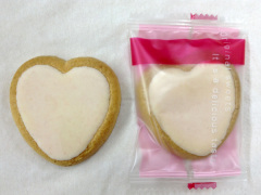 静岡のおみやげ Strawberry heart 苺に恋してクッキー