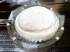 北海道のおみやげ わらく堂かご盛レアチーズケーキ