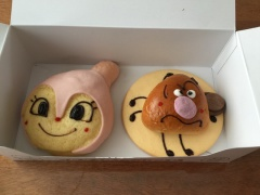 神奈川のおみやげ ジャムおじさんのパン工場 ドキンちゃんパン
